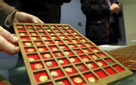 Мурсия: Археологи обнаружили коллекцию из 423 золотых и серебряных монет X-XV в.