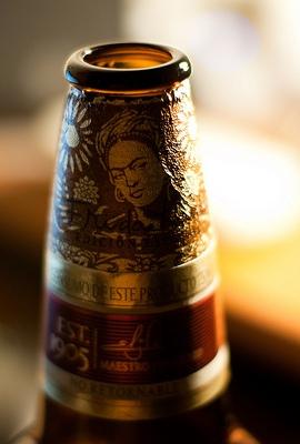 Мексика: поступило в продажу пиво с изображением Фриды Кало